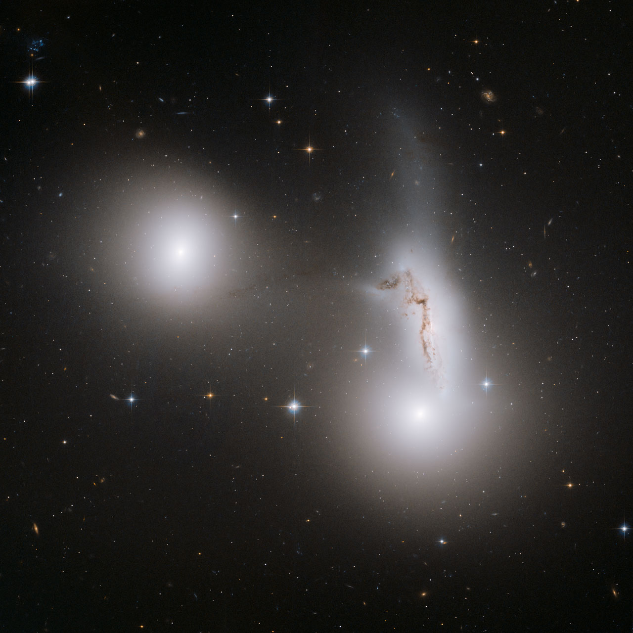 Hickson Compact Group 90 (interacting galaxies)